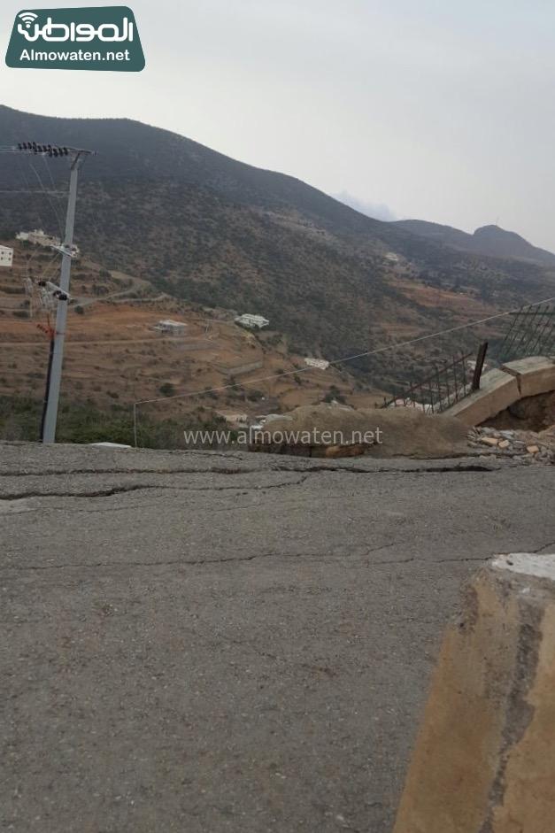 انهيار جزئي يهدد مرتادي متنزه جبل خلقة