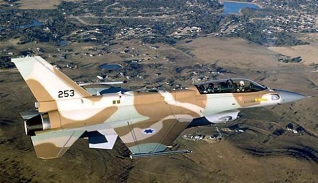 """غارة إسرائيلية على الجولان تقتل قيادي بـ"""" حزب الله"""" و6 إيرانيين  الطيران الحربي الإسرائيلي"""
