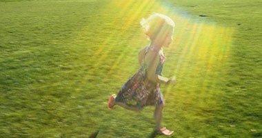 أشعة الشمس بالصيف