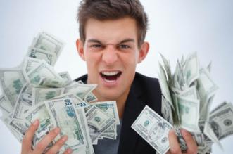 شاب يربح 500 ألف دولار شهريًّا بسبب اللعب! - المواطن