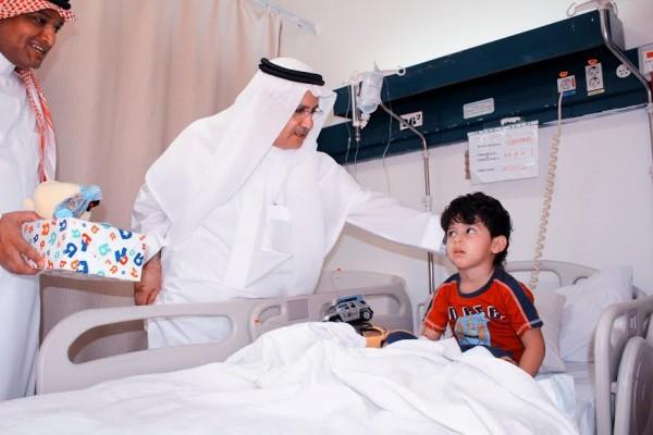 مشاركة الأطفال والمرضى بمستشفى الملك unnamed-275-e1406623121293.jpg