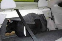 """صورة متداولة: متسلل """"بدون"""" في صندوق سيارة محاولاً دخول السعودية"""